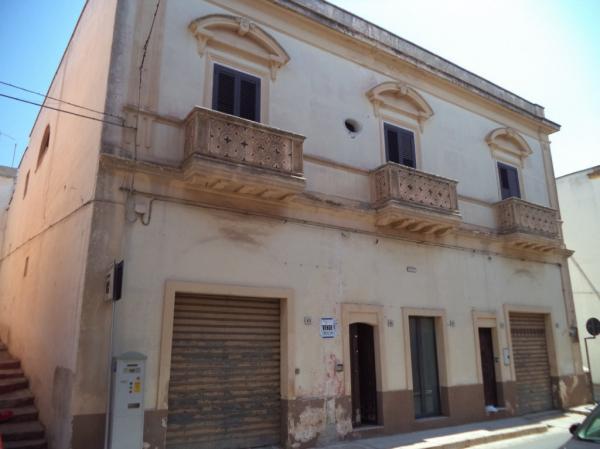 Palazzo d'epoca nel cuore di Sannicola