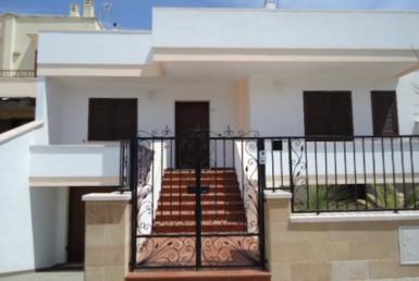 villa ad Ugento in vendita