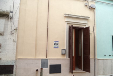 Presicce - Acquarica abitazione indipendente con spazio esterno in vendita