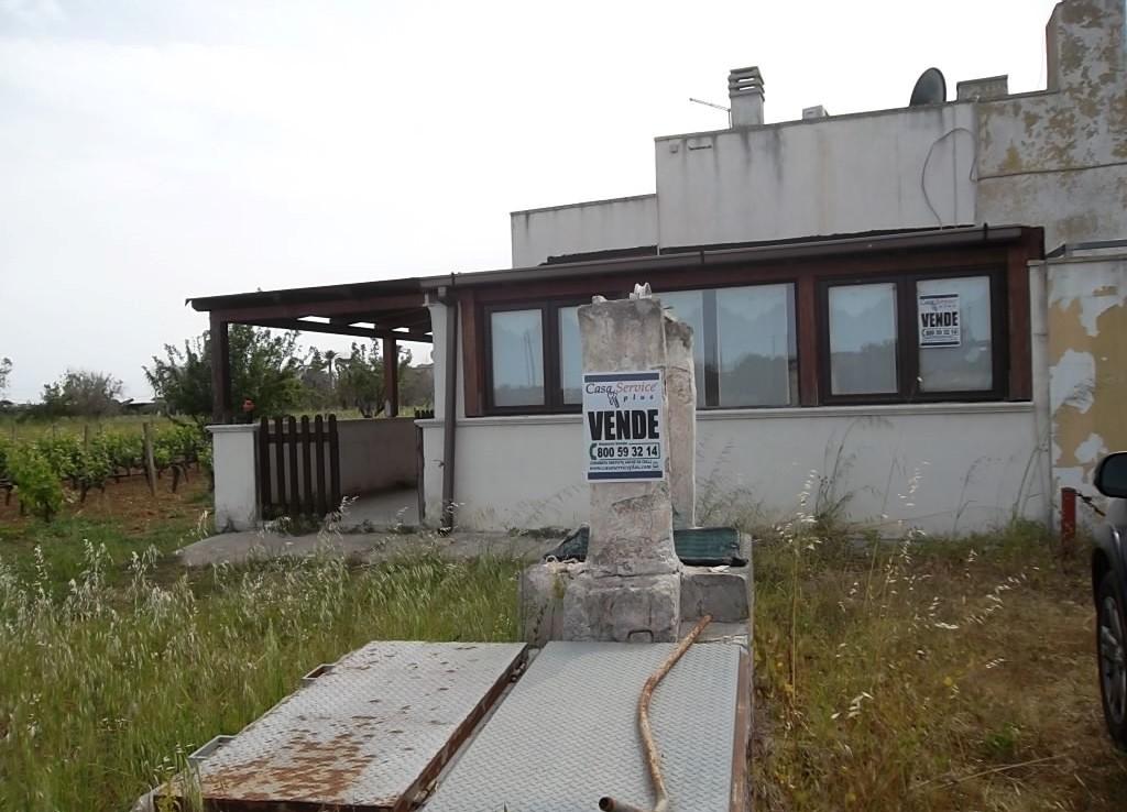 Villetta in campagna tra Parabita e Alezio in vendita