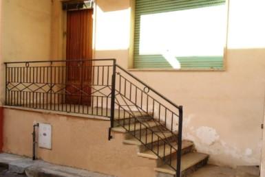 Abitazione piano terra indipendente in vendita a Parabita