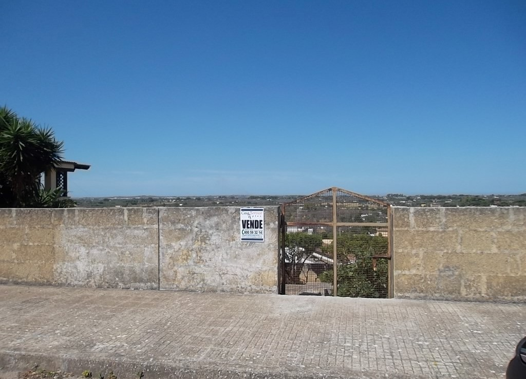terreno edificabile a Matino - Suolo edificatorio