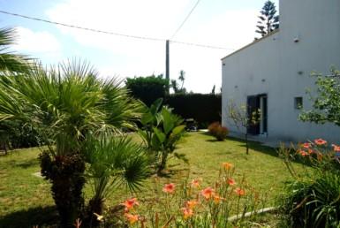 Villetta in campagna a Matino in vendita