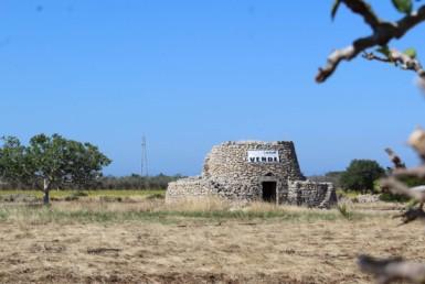 terreno con trullo a Gallipoli