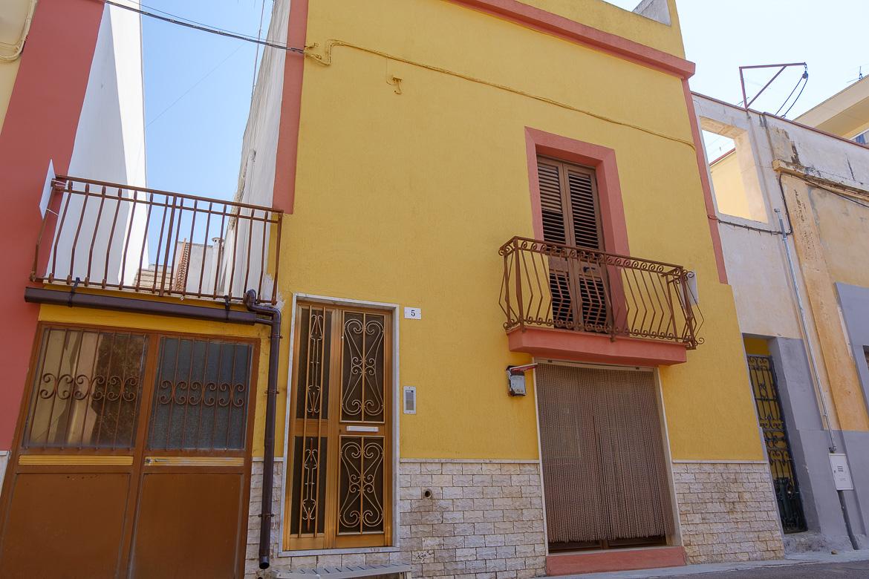 Abitazione di ampia metratura in vendita a Tuglie in zona ...