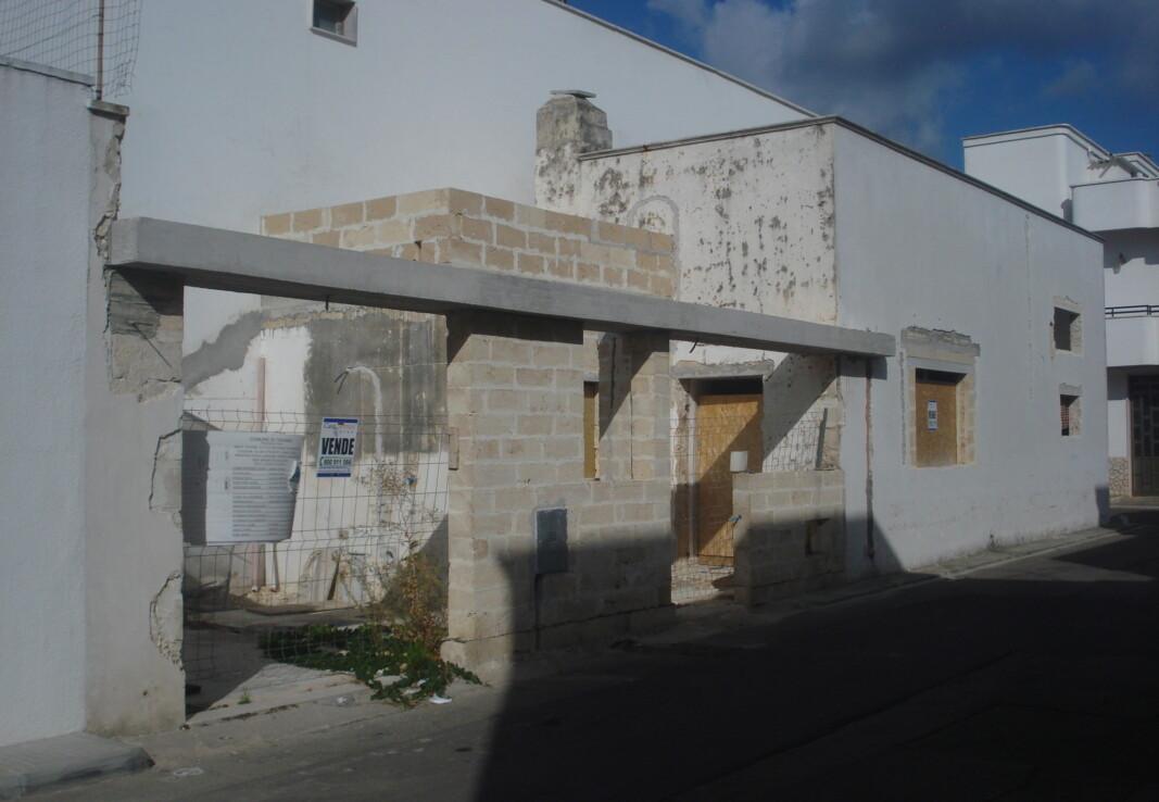 Abitazione a Taviano in vendita