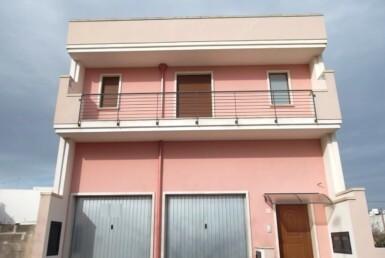 Casarano - Nuova costruzione da completare in vendita
