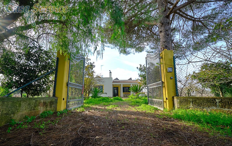 villa con giardino a Casarano