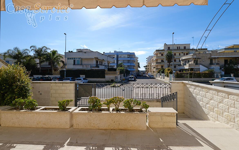 Gallipoli Lido San Giovanni - Villetta a 250 metri dal mare in vendita