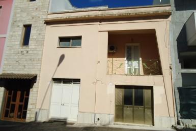 Matino - Abitazione indipendente di ampia metratura, in vendita